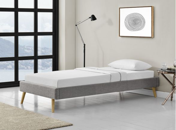 ensemble matelas et sommiers pas chers et de qualit usinestreet. Black Bedroom Furniture Sets. Home Design Ideas
